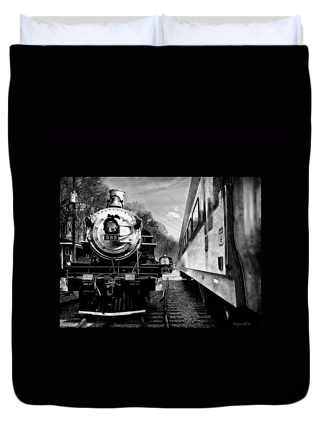 Train Duvet Cover featuring the photograph 385 by Wayne Gill