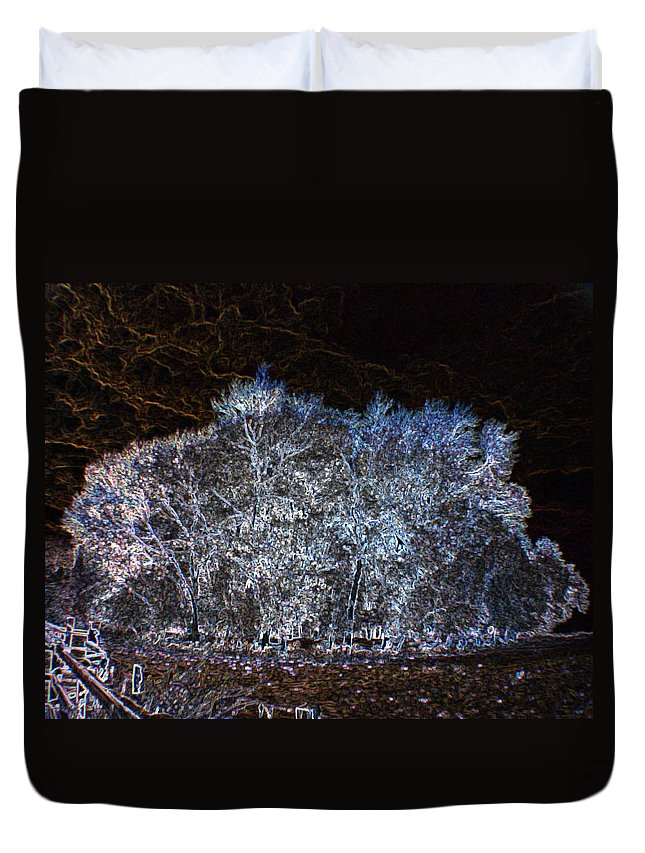 Macro Duvet Cover featuring the photograph Harsh Winters Forecast by Dave Byrne