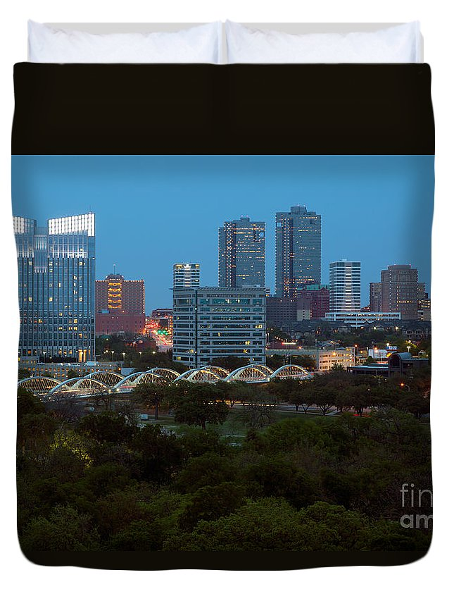 7th Street Duvet Cover featuring the photograph Downtown Fort Worth Texas by Bill Cobb
