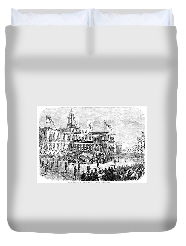 1865 Duvet Cover featuring the painting Lincoln's Funeral, 1865 by Granger