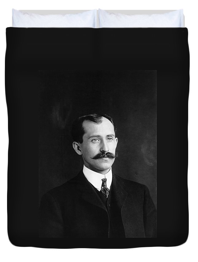 1905 Duvet Cover featuring the photograph Orville Wright (1871-1948) by Granger