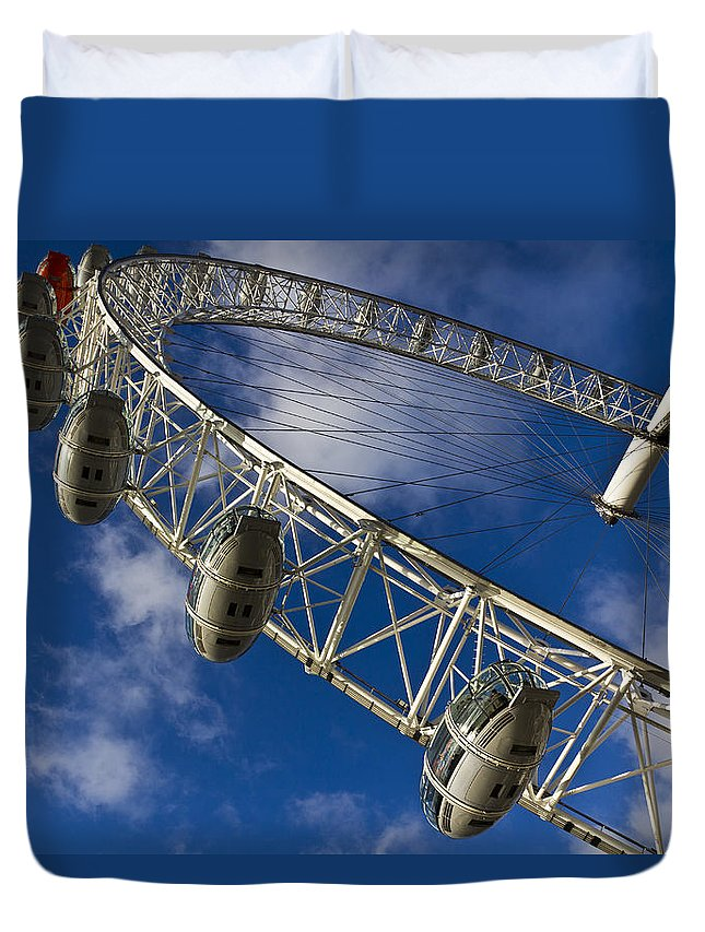 London Eye Duvet Cover featuring the photograph The London Eye by David Pyatt