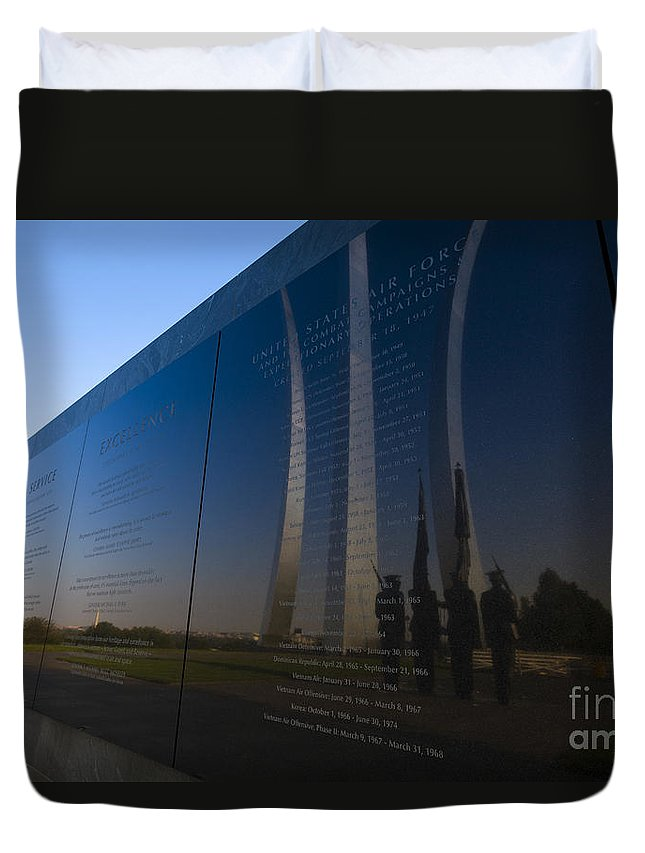 Us Duvet Cover featuring the photograph Us Air Force Memorial by B Christopher