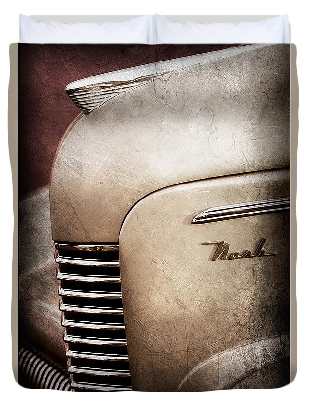 1940 Nash Sedan Grille Duvet Cover featuring the photograph 1940 Nash Sedan Grille by Jill Reger