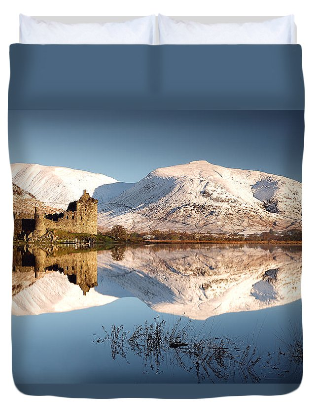Loch Awe Duvet Cover featuring the photograph Loch Awe by Grant Glendinning
