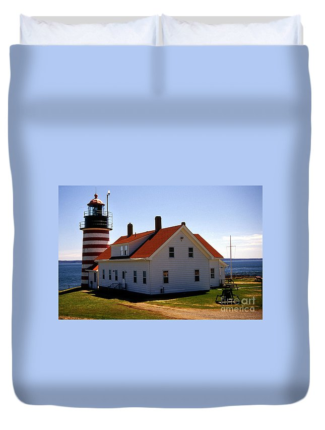 Lighthouses Duvet Cover featuring the photograph West Quoddy Lighthouse by Skip Willits