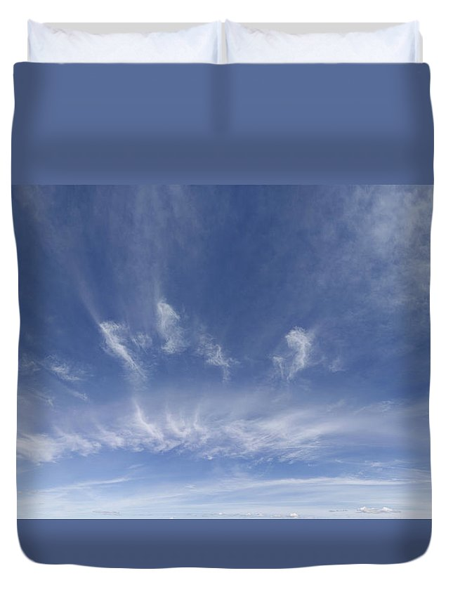 Nature Duvet Cover featuring the photograph Big Blue Sky by Les Cunliffe