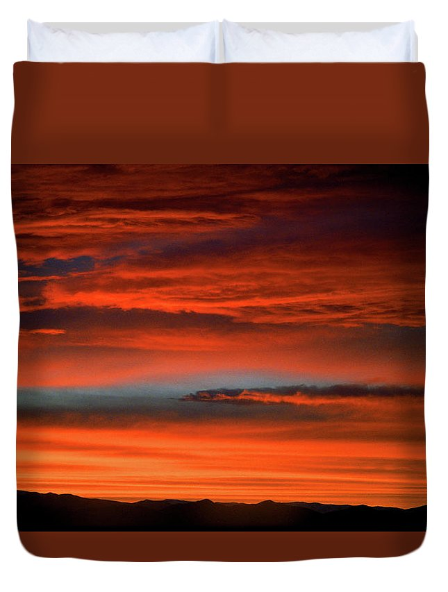 America Duvet Cover featuring the photograph Nevada Skies by Frank Romeo