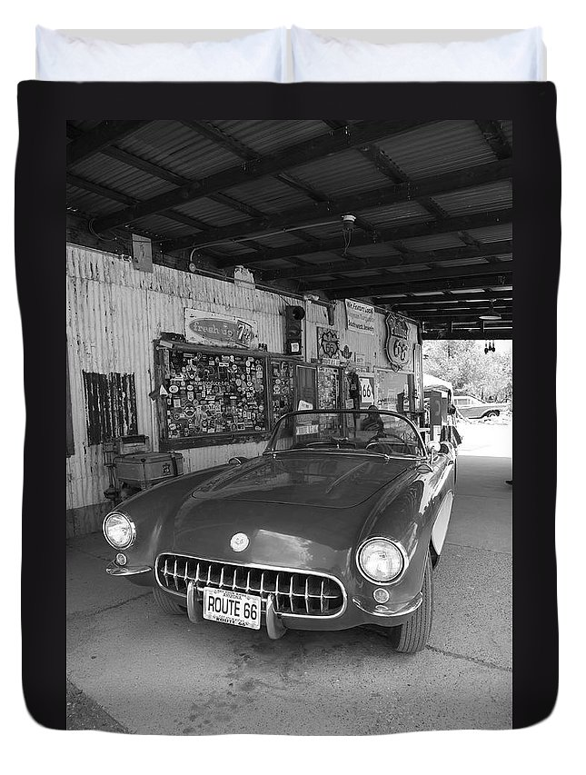 66 Duvet Cover featuring the photograph Route 66 Corvette by Frank Romeo