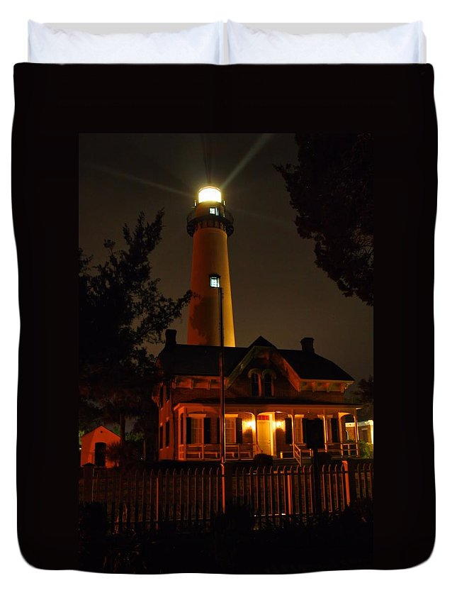 Lighthouse Duvet Cover featuring the photograph St Simons Island Lighthouse 2 by Kathryn Meyer