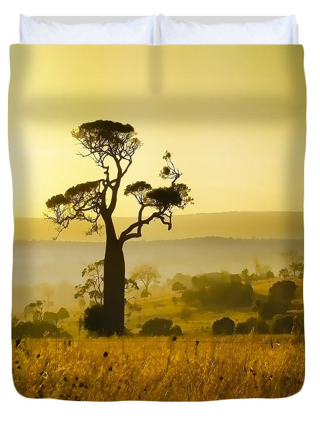 Landscapes Duvet Cover featuring the photograph A Boab Sunrise by Holly Kempe