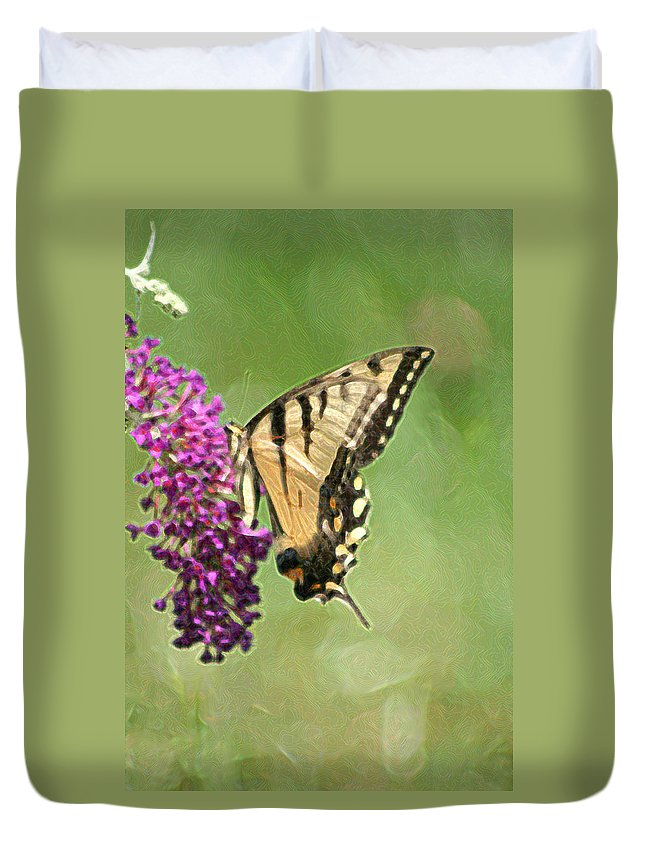 Butterfly Duvet Cover featuring the photograph A Moment In Time by Jes Fritze