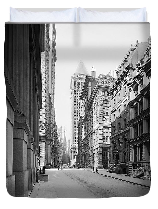 1910s Duvet Cover featuring the photograph A Deserted Wall Street by Underwood Archives