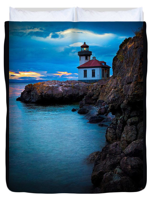 America Duvet Cover featuring the photograph A Light In The Darkness by Inge Johnsson