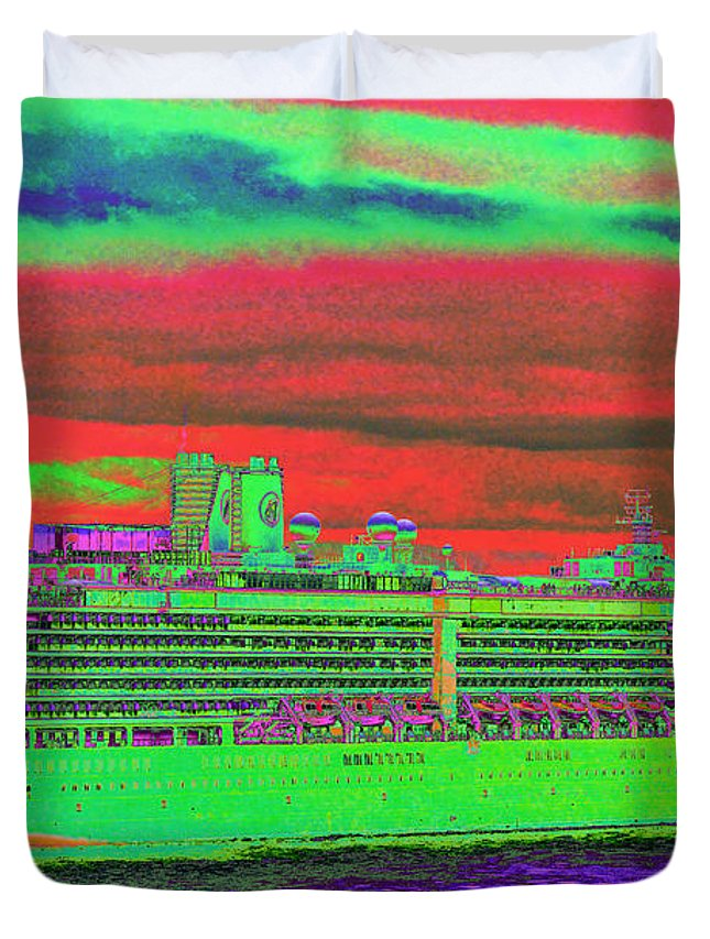 Holland America Duvet Cover featuring the photograph A More Colorful HAL by Richard Henne