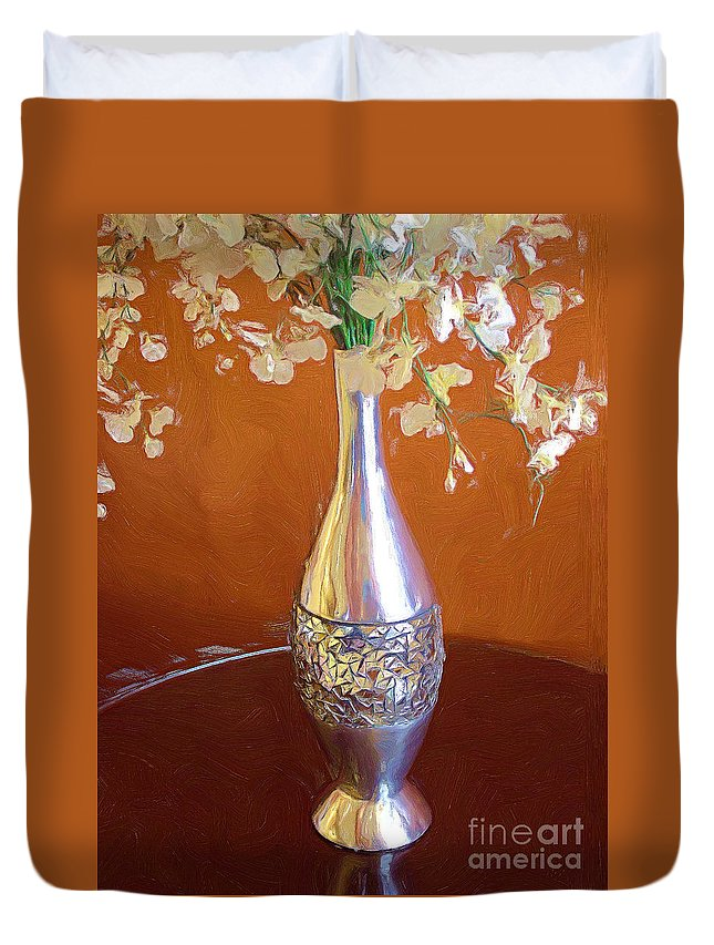 Silver Duvet Cover featuring the painting A Painting Silver Vase On Table by Mike Nellums