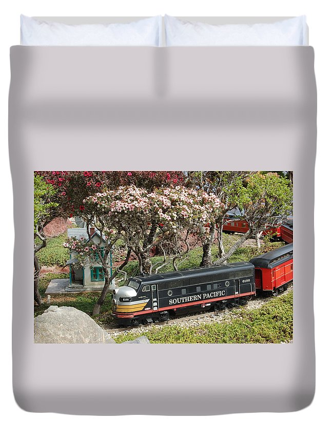 Linda Brody Duvet Cover featuring the photograph A Passenger Train Passes By Farm House by Linda Brody