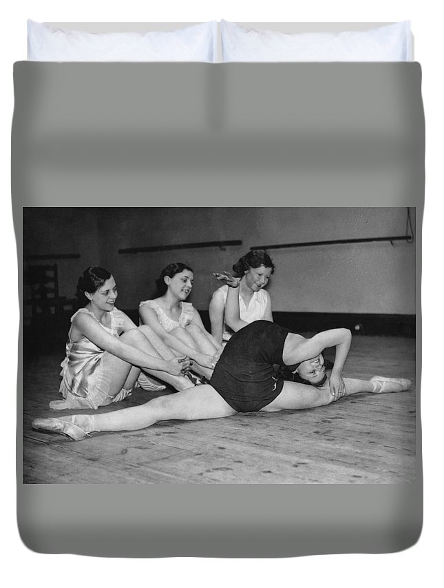 1920 Duvet Cover featuring the photograph A Very Flexible Woman by Underwood Archives