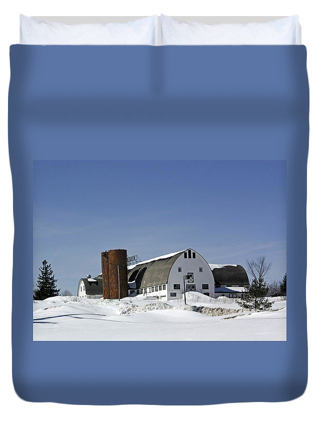 Wintery Scenery Duvet Cover featuring the photograph A Wintery View Of A Farm Along Route 7 In Duanesburg by James Connor