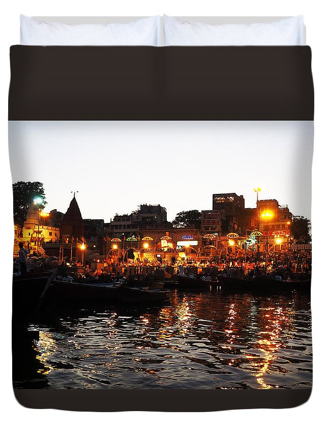 Aarti Duvet Cover featuring the photograph Aarti At Dashashwamedh Ghat 2 by C H Apperson