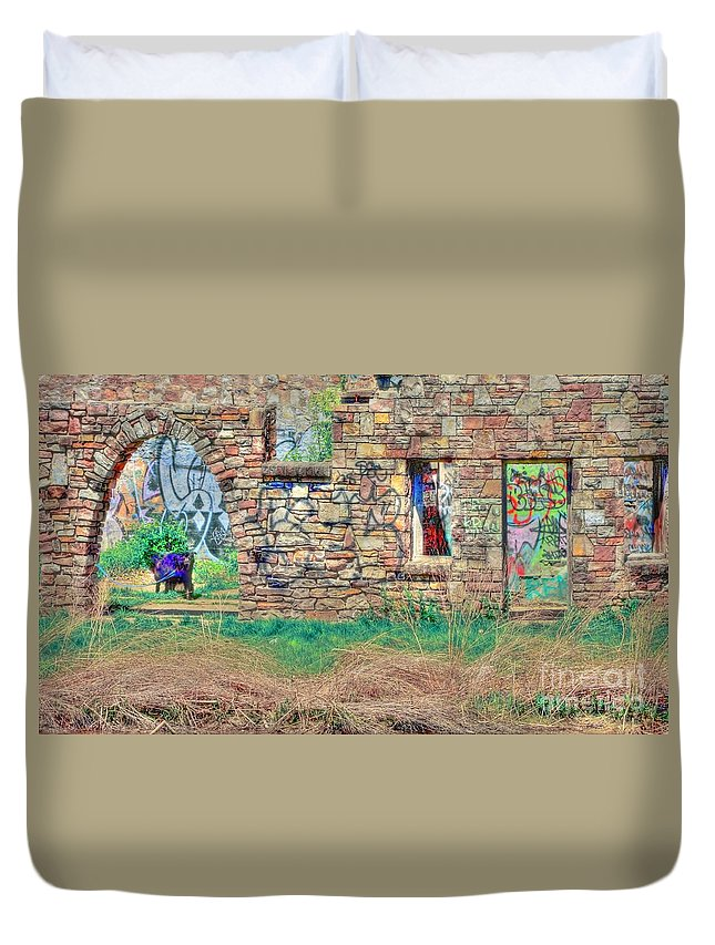 Abandoned Duvet Cover featuring the photograph Abandoned Building by Kathleen Struckle