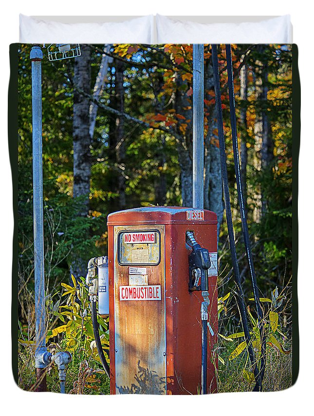 Gas Pump Duvet Cover featuring the photograph Abandoned Gas Pump by Alana Ranney
