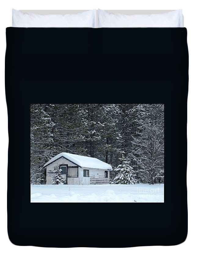 Old Cabin Duvet Cover featuring the photograph Abandoned Hideaway  by Optical Playground By MP Ray