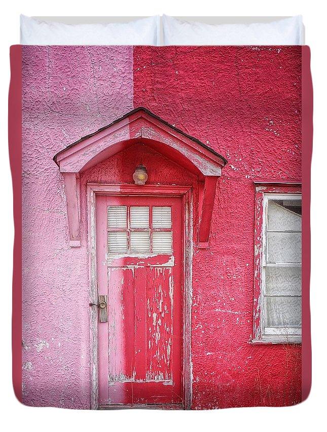 Built Structure Duvet Cover featuring the photograph Abandoned Pink And Red House by Stan Strange / Eyeem
