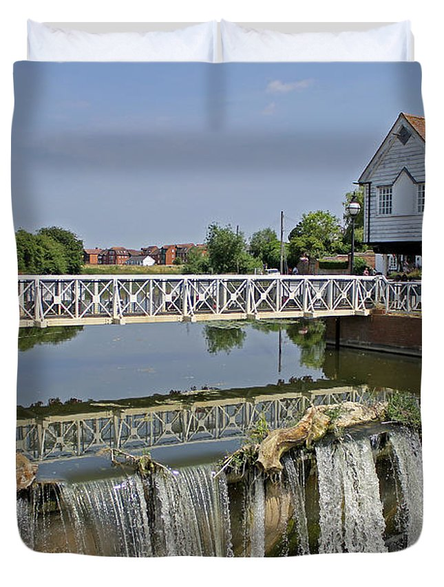 Abbey Mill Duvet Cover featuring the photograph Abbey Mill And Weir by Tony Murtagh