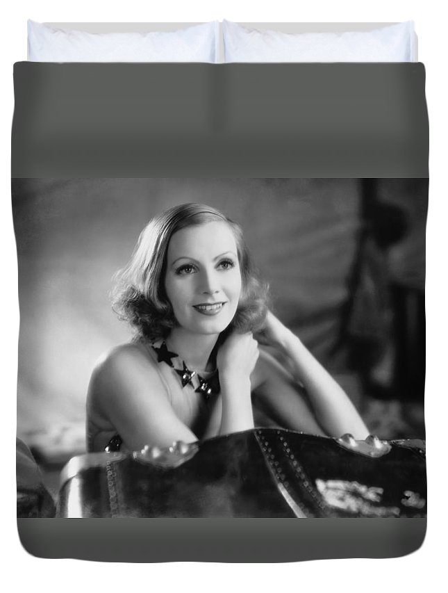 1920's Duvet Cover featuring the photograph Actress Greta Garbo by Underwood Archives