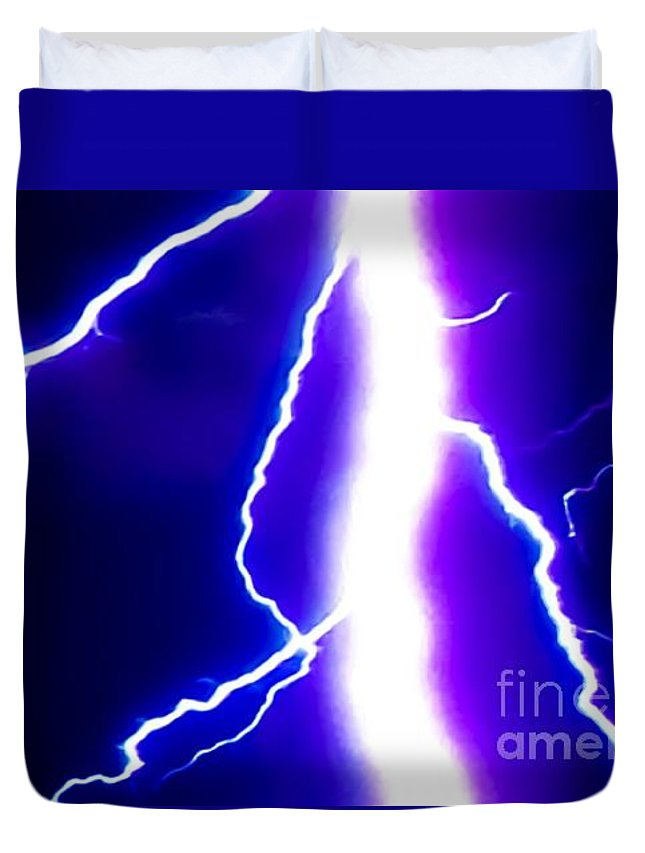 Lightning Duvet Cover featuring the photograph Actual Lightning In Zoom Image by Jesse Post