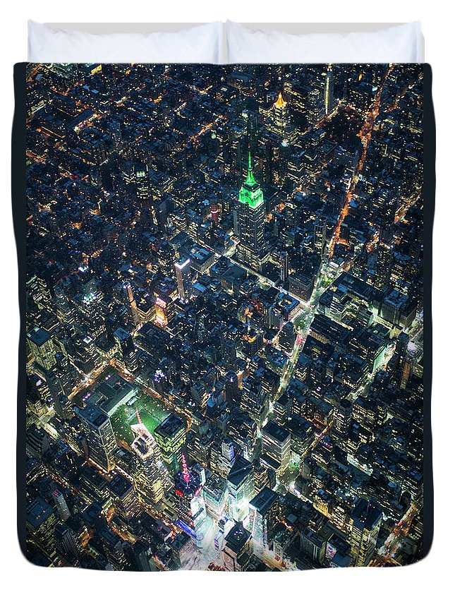 Outdoors Duvet Cover featuring the photograph Aerial Photography Of Bloadway In Dusk by Michael H