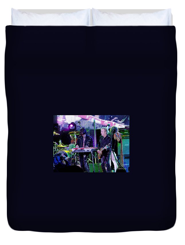 Aerosmith Duvet Cover featuring the photograph Aerosmith-brad-00134 by Gary Gingrich Galleries
