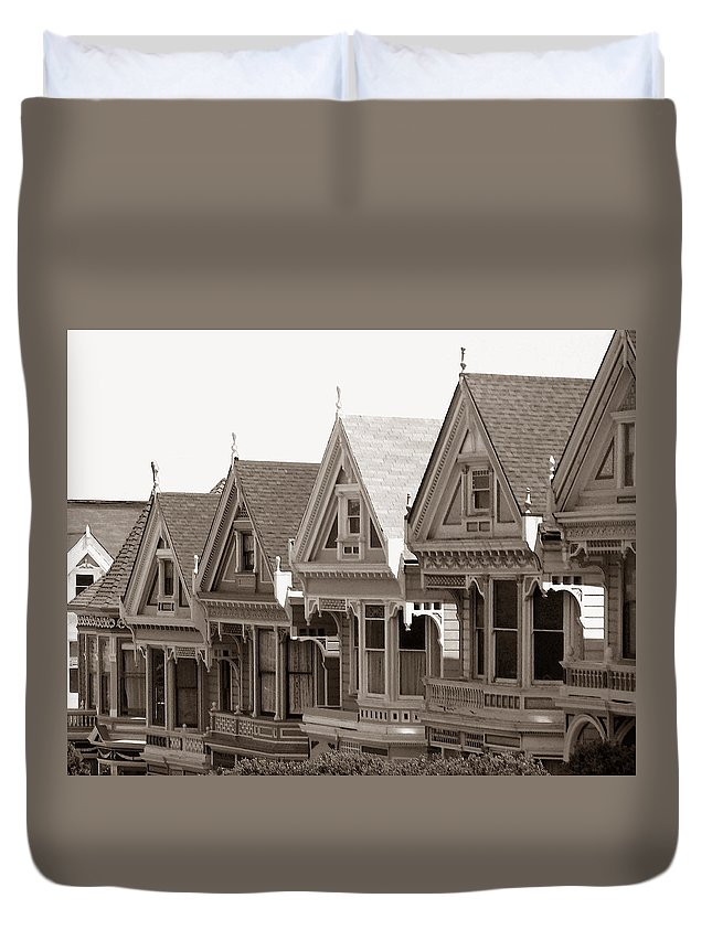 Alamo_square Duvet Cover featuring the photograph Alamo Square - Victorian Painted Ladies 2009 by Connie Fox