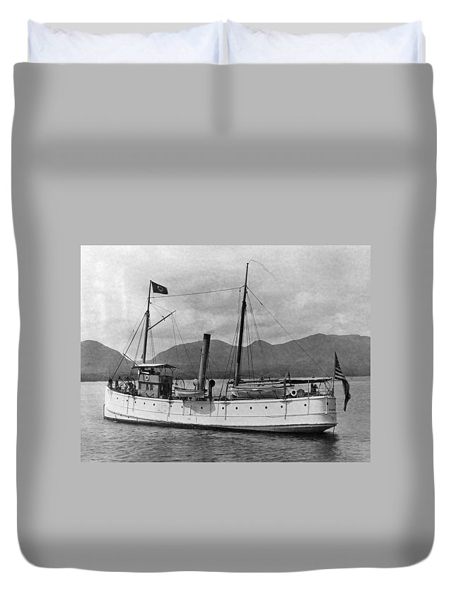1920 Duvet Cover featuring the photograph Alaska Steamboat by Granger
