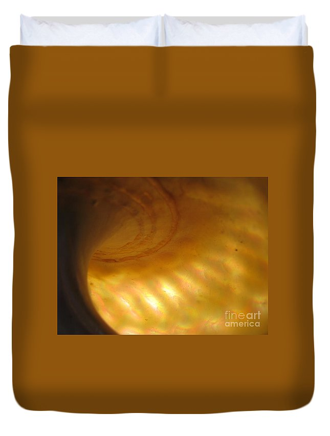 Sea Shell Duvet Cover featuring the photograph Alien Spaceship by C Ray Roth
