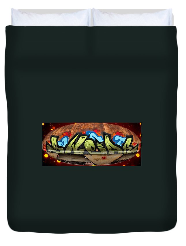 Graffiti Duvet Cover featuring the photograph Aliens by Sylvia Thornton