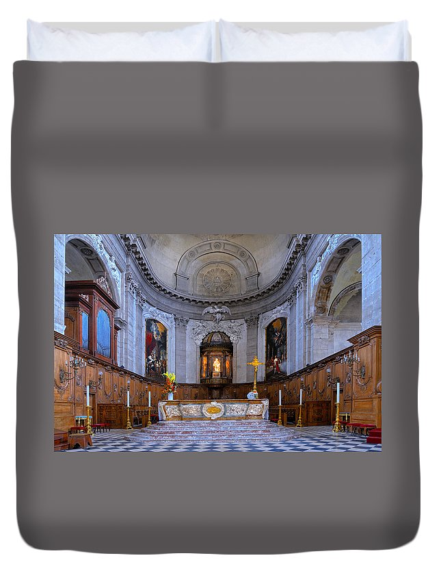 Alter Duvet Cover featuring the photograph Alter At St Martins Cathedral by Dave Mills