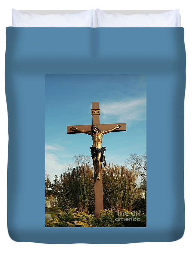 Jesus Duvet Cover featuring the photograph Amazing Love by Kathleen Struckle
