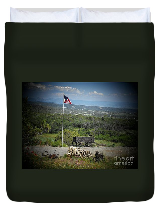 Usa Duvet Cover featuring the photograph American Wagon by Brandi Maher