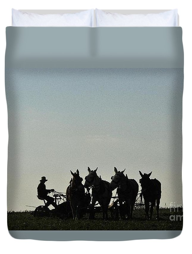 Amish Silhouette Photography Duvet Cover featuring the photograph Amish Silhouette by R A W M