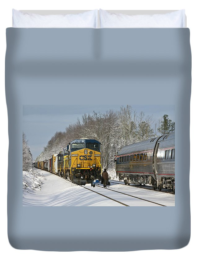 Amtrak Duvet Cover featuring the photograph Amtrak And Csx Crews by Cliff Middlebrook