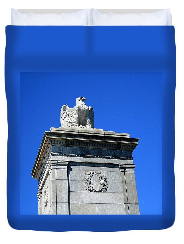 Eagle Duvet Cover featuring the photograph An Eagle To Arlington by Cora Wandel