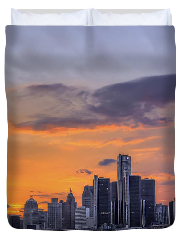 Evening Duvet Cover featuring the photograph An Evening In Detroit Michigan by Tim Wilson