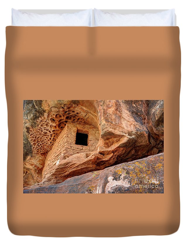 Ancient Duvet Cover featuring the photograph Ancient Anasazi Honeycomb Granary Ruin by Gary Whitton