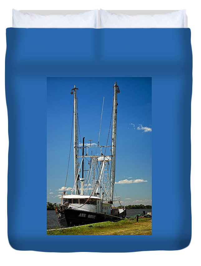 New Orleans Duvet Cover featuring the photograph Anh Quoc by Steve Harrington