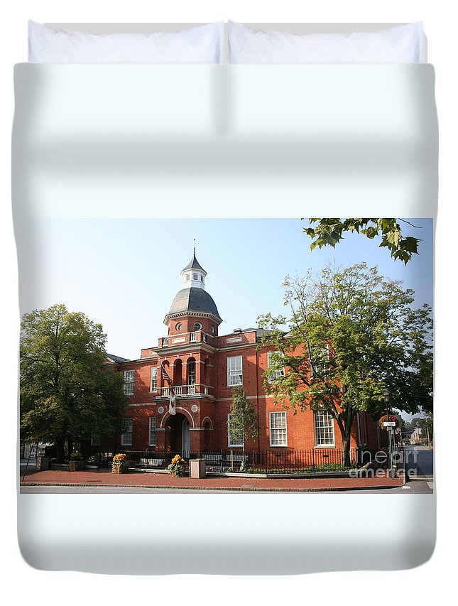 House Duvet Cover featuring the photograph Annapolis - County House by Christiane Schulze Art And Photography