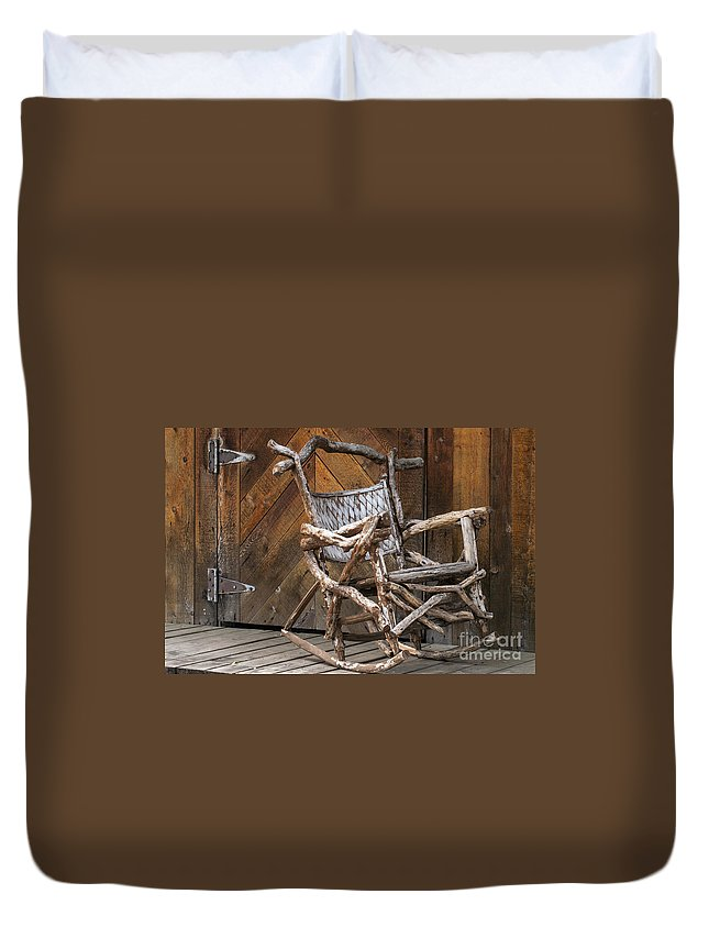 Georgetown Texas Hand Made Rocking Chair Chairs Wood Door Wooden Doors Metal Hinge Hinges Rocker Rockers Still Life Texture Textures Duvet Cover featuring the photograph Antique by Bob Phillips