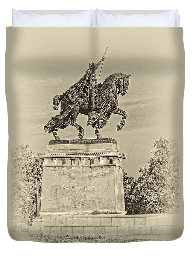 Apotheosis Of St. Louis Duvet Cover featuring the photograph Apotheosis Of St Louis Dsc01150 by Greg Kluempers