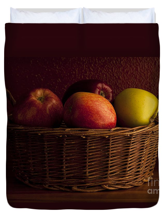 Apple Duvet Cover featuring the photograph Apples In Basket by Jim Corwin